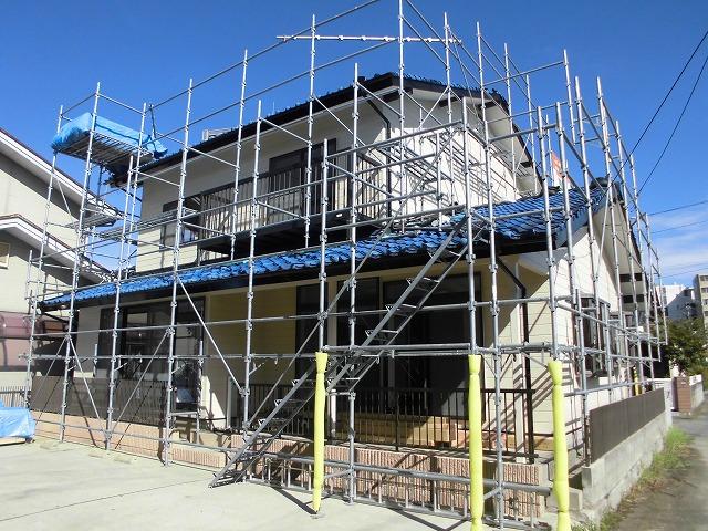 瓦屋根の瓦のずれ補修の事例を見る