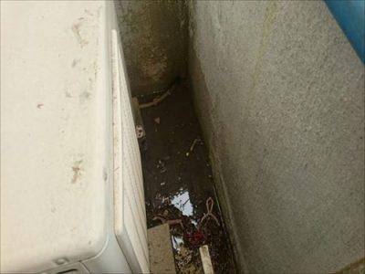 雨漏り 下屋部分 後日散水調査