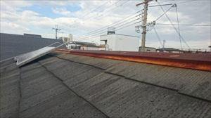 屋根金物取替工事 棟押え 腐食・錆浮き現状