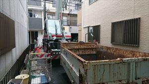 廃材積み込み用コンテナ設置
