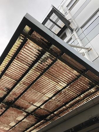 会社倉庫 波板 劣化 雨漏り調査