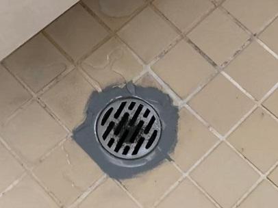 防水処理 劣化 浴室排水口 水漏れ修理
