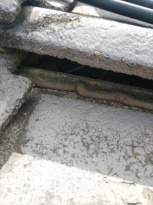 コンクリート瓦 大きな隙間