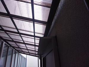 隙間 ポリカ屋根