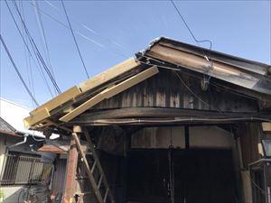 倉庫屋根瓦 問題箇所②