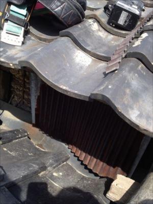屋根取り合い 劣化が激しい板金
