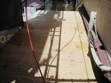 屋根下地 構造用合板張りの様子