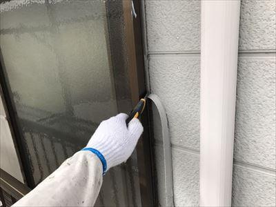 サッシ廻りコーキング撤去 外壁塗装