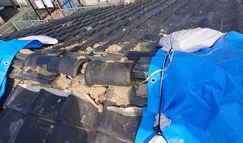 熊本市西区にて突風被害を受けた屋根瓦の補修工事を行いました
