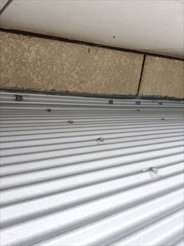 雨漏り補修 ガルバリウム鋼板波板
