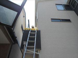 バルコニー屋根取付工事①