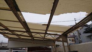 カーポート屋根 破損箇所
