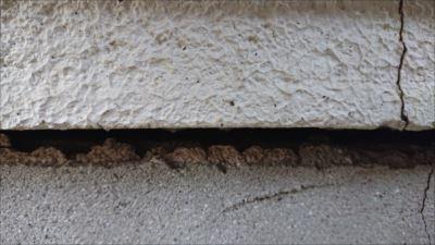 基礎 風呂場外壁 隙間