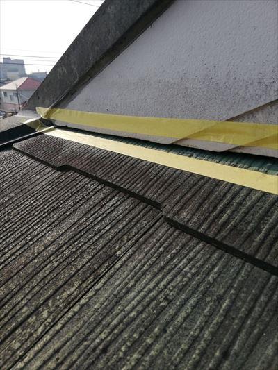 屋根 隙間 コーキング養生