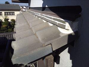 屋根 漆喰 塗り過ぎ箇所①