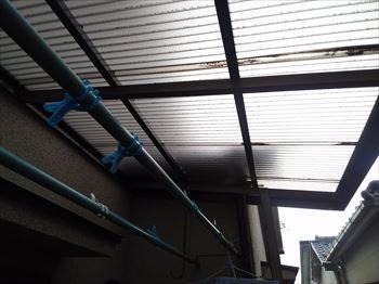 波板屋根 突風被害