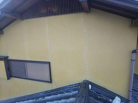 外壁クラック 変成シリコン応急処置