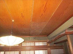 雨漏り状況 天井シミ