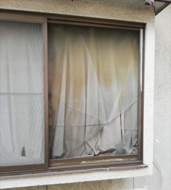 窓ガラス 割れ 台風被害