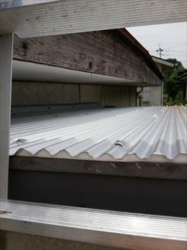 ガルバリウム鋼板波板 重ね張り