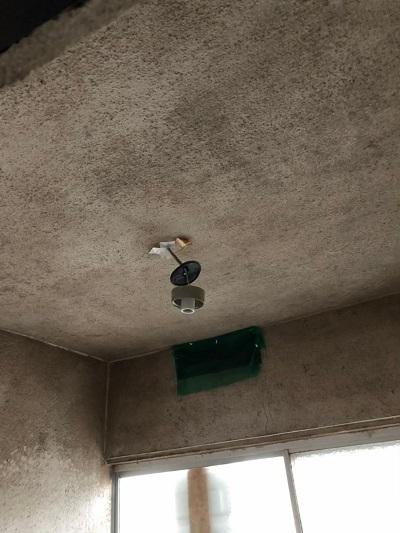 在来工法 浴室 天井 バスリブ張り 工事の様子