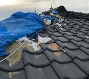 台風被害の応急処置ブルーシートをそのままにしておくと