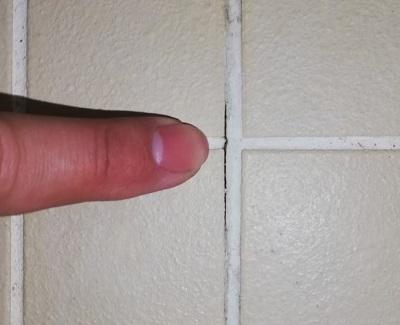 浴室床 タイルに隙間 補修工事 コーキング