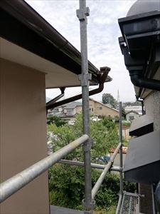 雨樋修理 足場設置