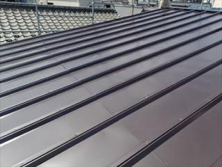 トタン屋根の屋根カバー工法:施工後
